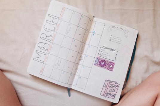 Bullet journal meses